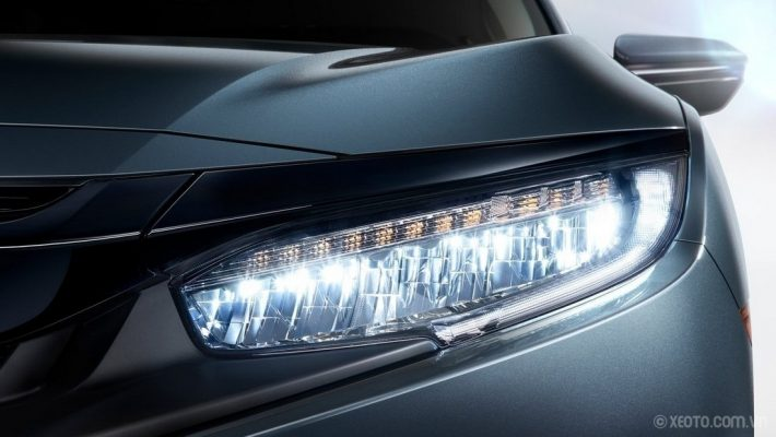 Đèn LED trên Honda CIVIC