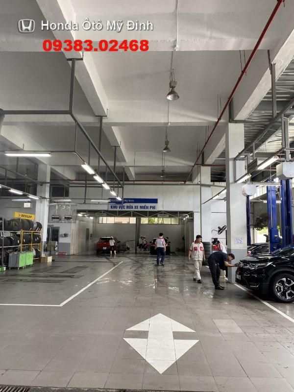 Khu vực bảo dưỡng xe tại Honda oto Mỹ Đình